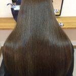 枝毛や切れ毛、傷みを改善するトリートメントカラー熊谷市の髪質改善専門美容室ハルト