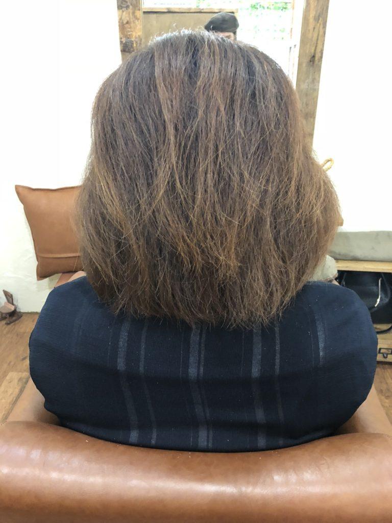 髪 痛み チリチリ