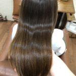 梅雨から夏はストレートがおススメ。自然にまとまる縮毛矯正♪熊谷市の髪質改善美容室ハルト